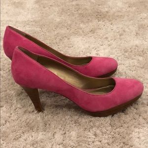 Circa Joan David Luxe Leather CJPearly Heels